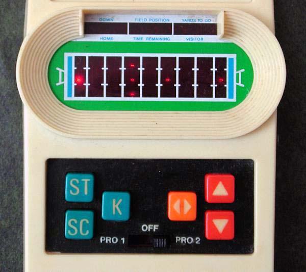 blog-29Mar09-Mattel_Electronics_Football-1.jpg